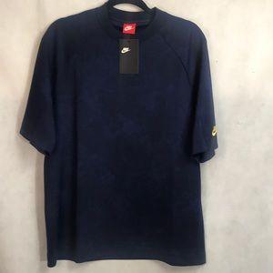 Nike navy Hawaiian print t-shirt